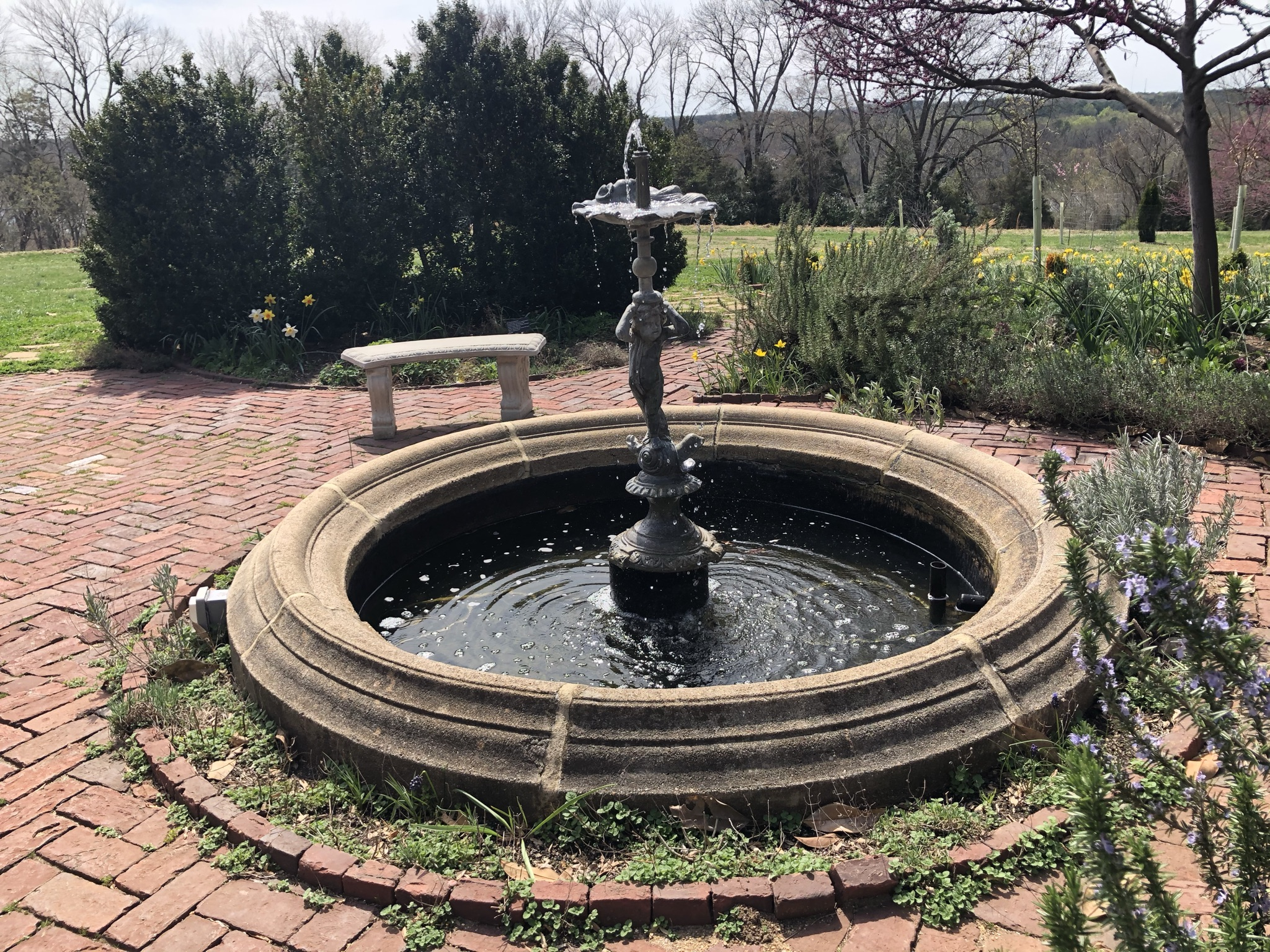 fountain at Shakespeare garden at Agecroft