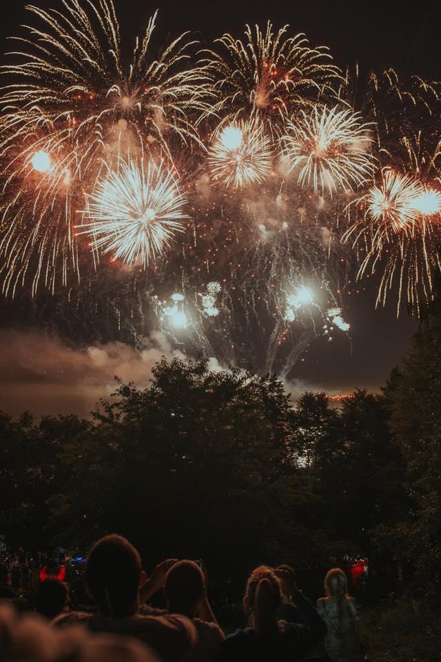 fireworks Chesterfield